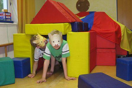 spielende-kinder